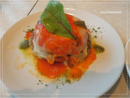 トマトとチーズのハンバーグ