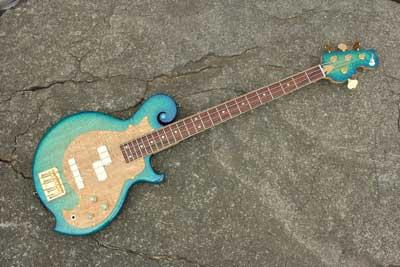 Blue-bassguitar-1-01