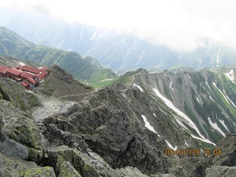 山荘と西鎌尾根