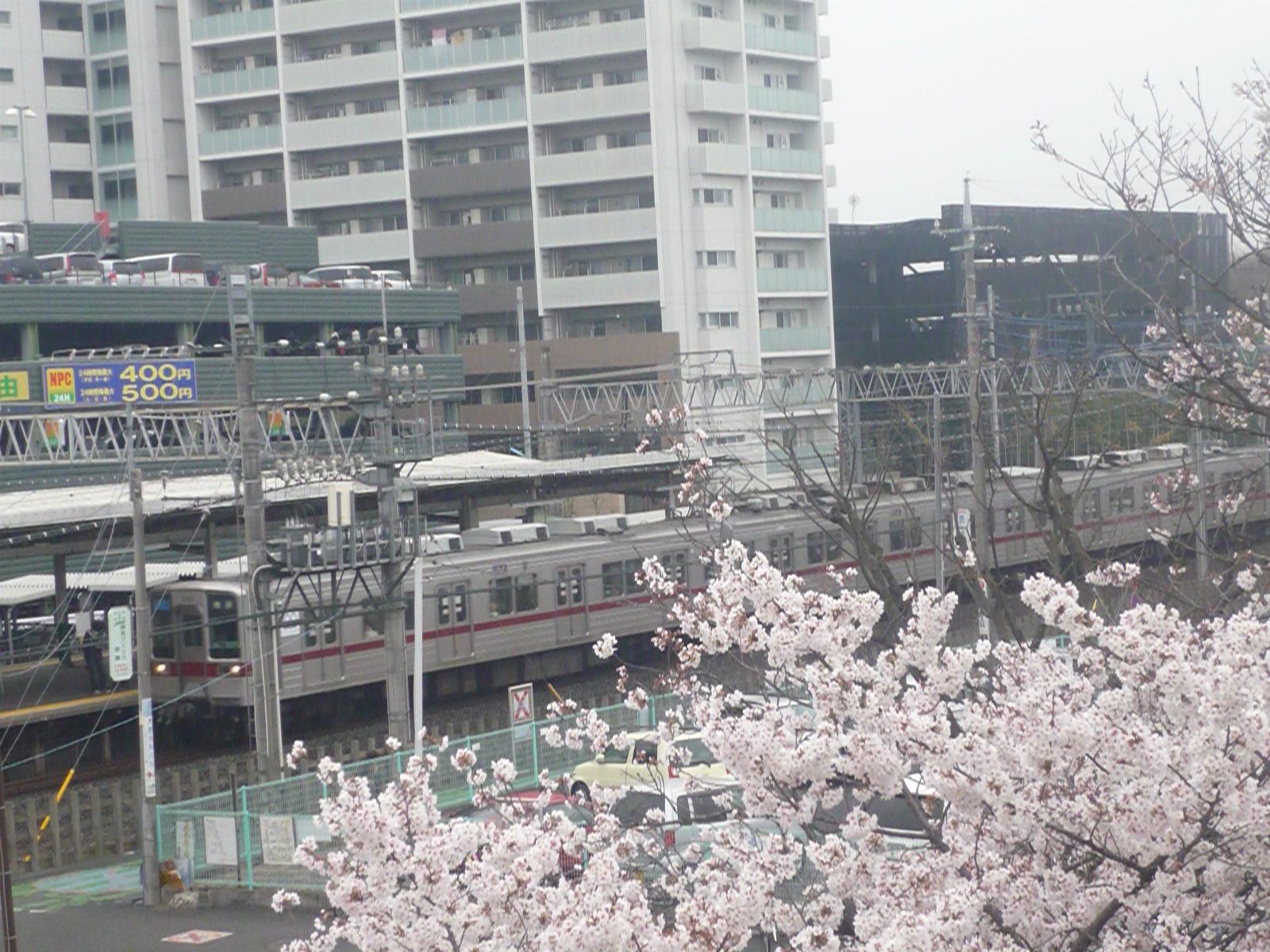 2014-04-03-04