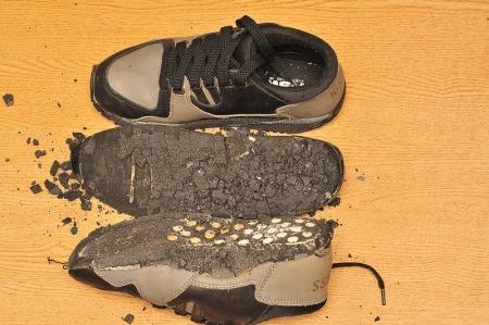 sneaker-broken-pu3