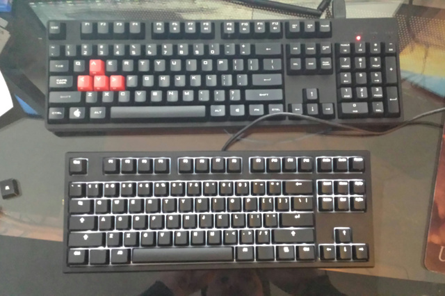 CODE_Mechanical_Keyboard_06.jpg