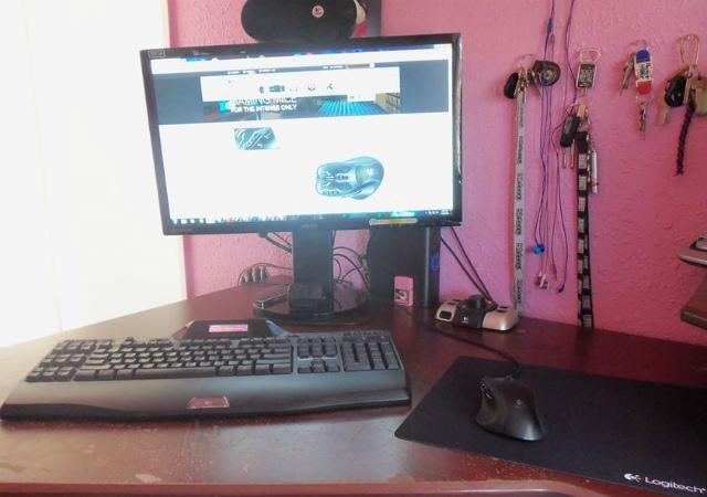 Desktop_Logitech3_12.jpg