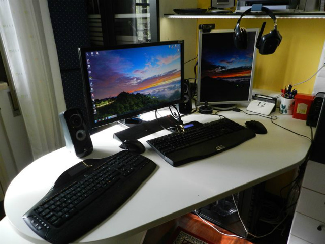 Desktop_Logitech3_35.jpg