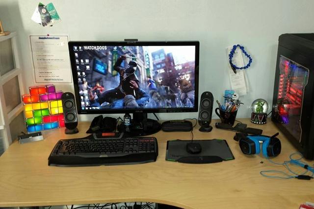 Desktop_Logitech3_61.jpg