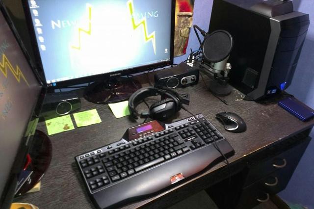 Desktop_Logitech3_75.jpg