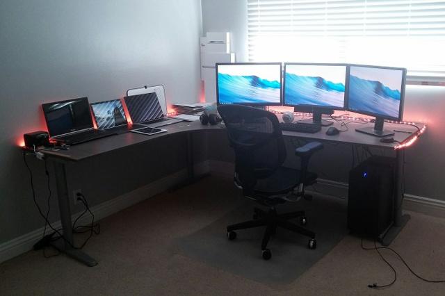 Desktop_MultiDisplay23_21.jpg