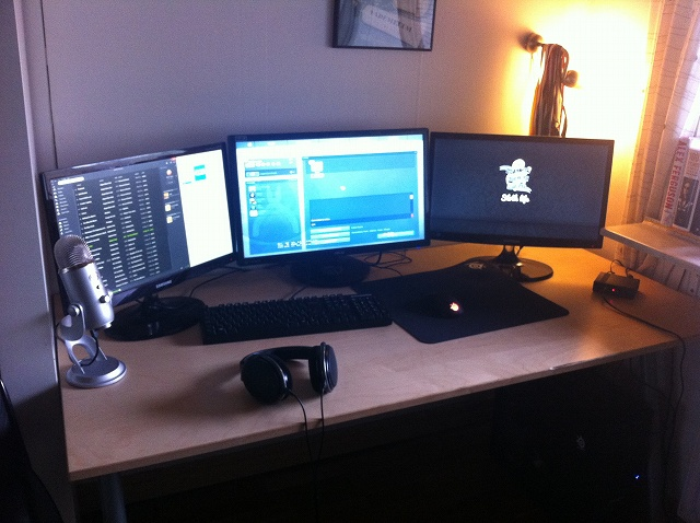 Desktop_MultiDisplay23_35.jpg