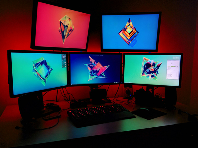 Desktop_MultiDisplay25_01.jpg