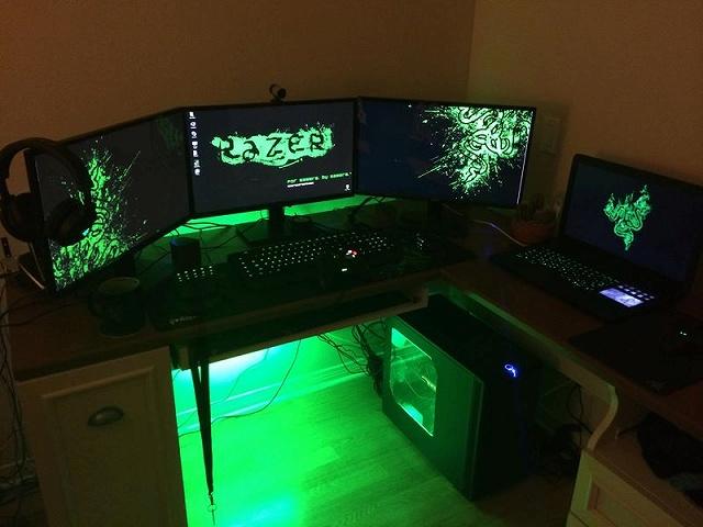 Desktop_Razer7_01.jpg