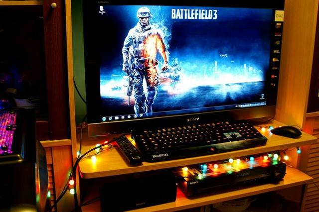 Desktop_Razer7_03.jpg