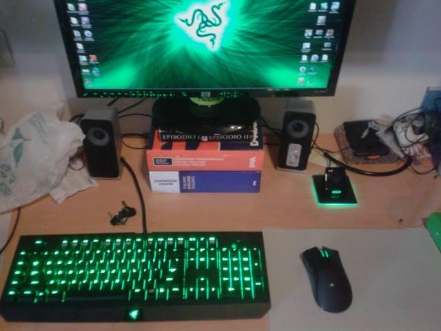 Desktop_Razer7_20.jpg