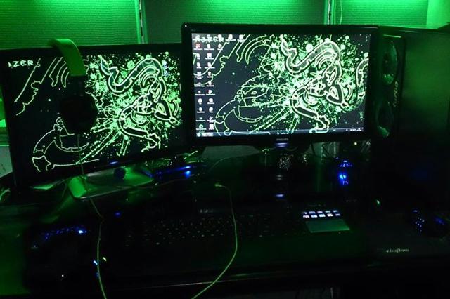 Desktop_Razer7_27.jpg