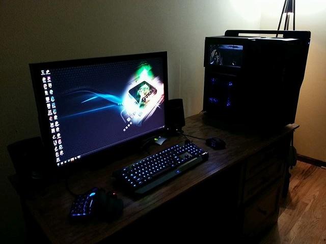 Desktop_Razer7_33.jpg