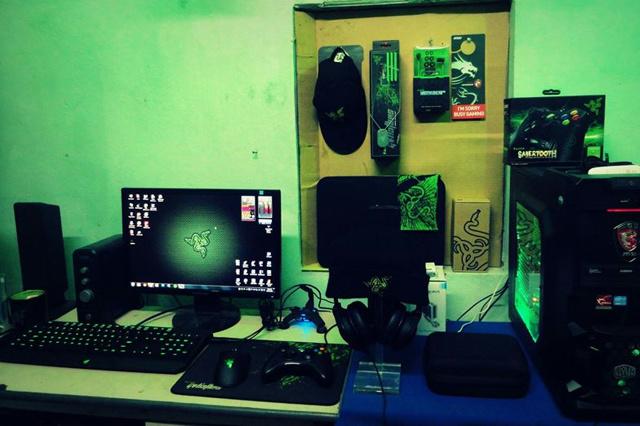 Desktop_Razer7_44.jpg