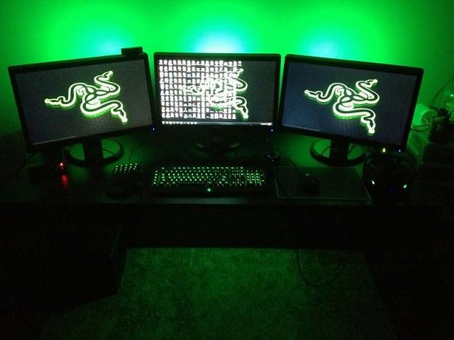 Desktop_Razer7_45.jpg