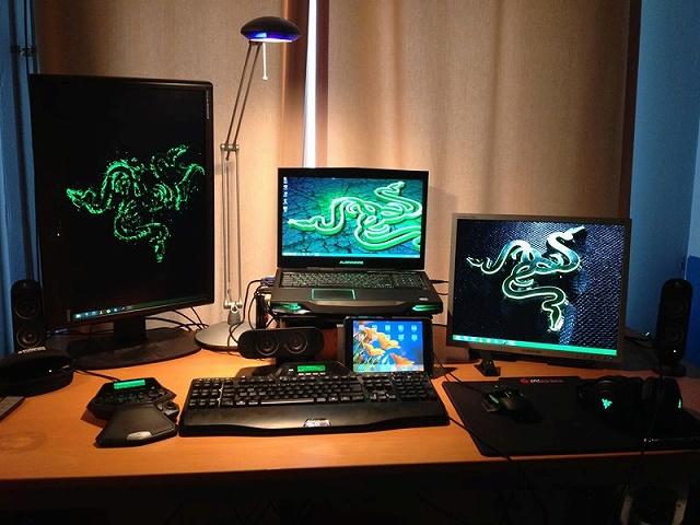 Desktop_Razer7_56.jpg
