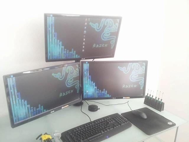 Desktop_Razer7_83.jpg