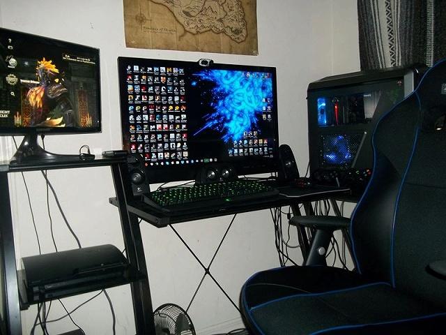 Desktop_Razer7_92.jpg
