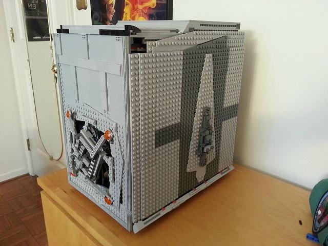 Lego_StarWars_PCcase_01.jpg