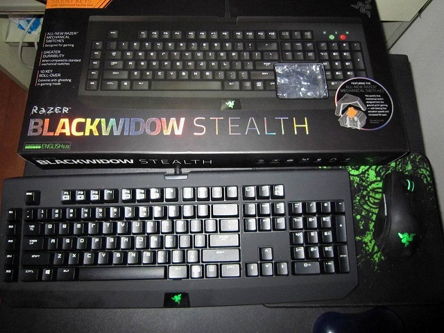 Razer_BlackWidow2014_01.jpg