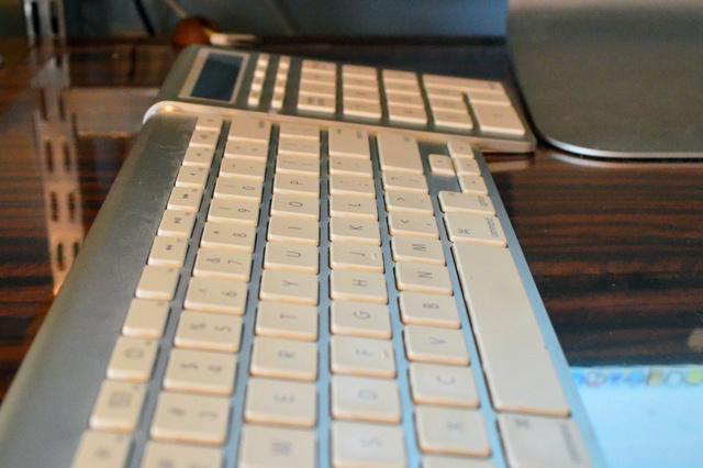 Satechi_Bluetooth_Wireless_Smart_Keypad_05.jpg