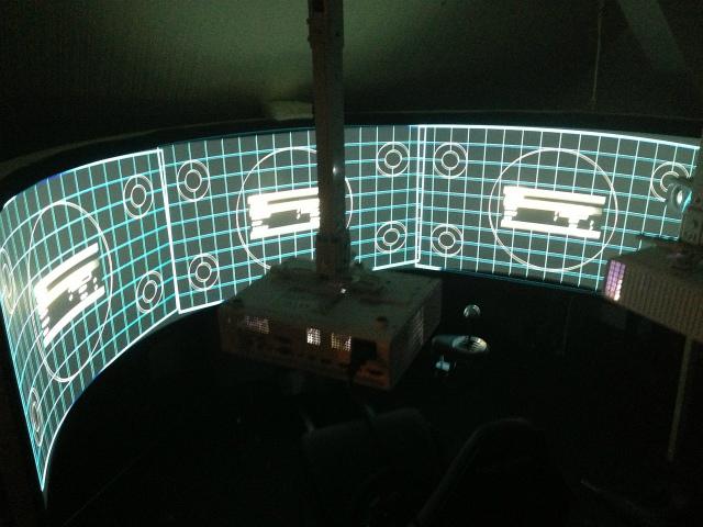 Triple_Projector_08.jpg