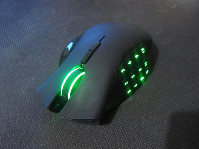 Wireless_Gaming_Mouse_201406_04.jpg