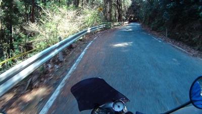 石巻山への道