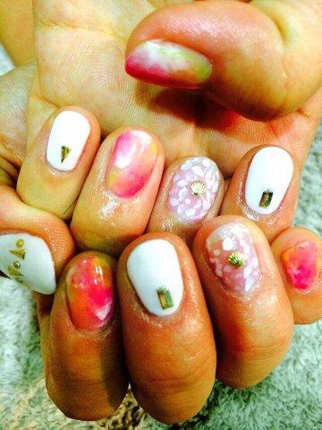 nail260808.jpg