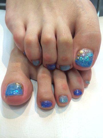 nail260810.jpg