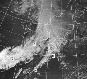 気象衛星(ひまわり)可視画像。