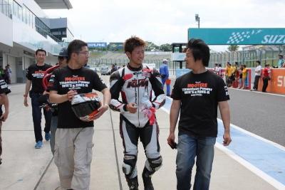 レース (4)