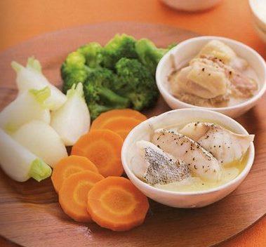 おかず(魚肉と野菜のいっしょ蒸し)