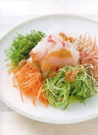 おかず(鯛と香味野菜の梅わさびサラダ)
