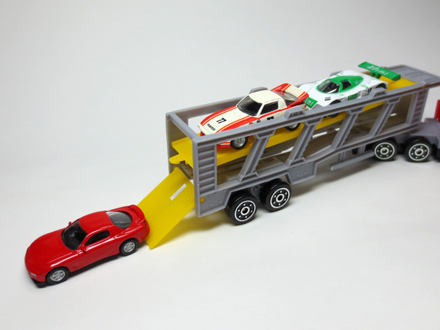 daiso_utility_vehicle_4_Transporter_29.jpg