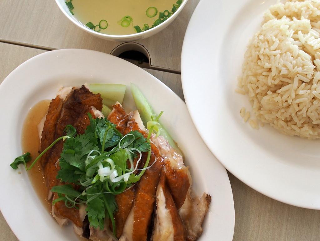 ■ 天天海南鶏飯 シンガポール