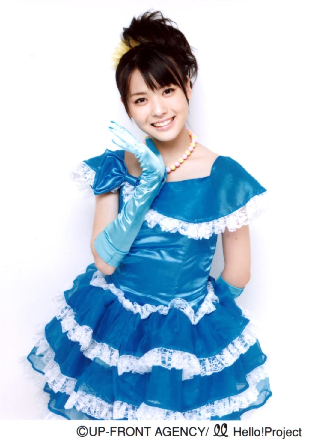 """071127""""℃-ute2008カレンダー""""よりパート6 青のドレス 矢島舞美"""