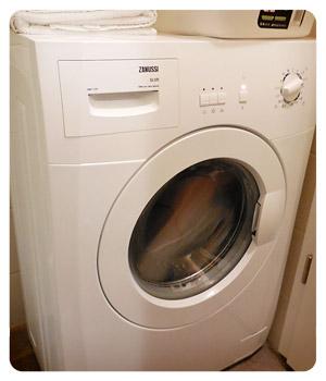 アパートメントの洗濯機