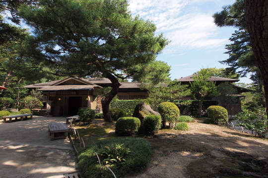 20130818_kenrokuen_garden-30.jpg