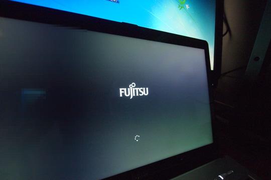 20140301_fujitsu_fmv_lifebook_ws1_m-32.jpg
