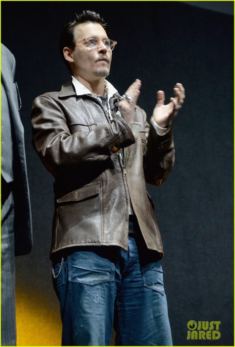 johnny-depp-cinemacon-transcendence-03.jpg