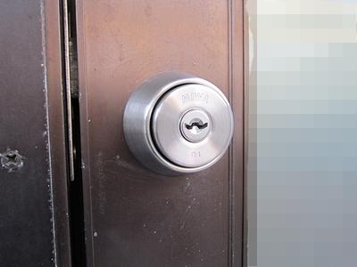 店舗入口鍵交換14519