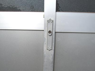 事務所入口鍵交換