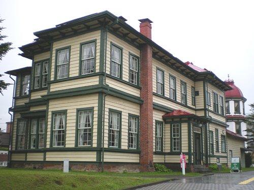 旧東奥義塾外人教師館