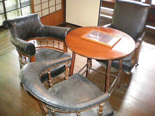 成瀬仁蔵邸・家具2