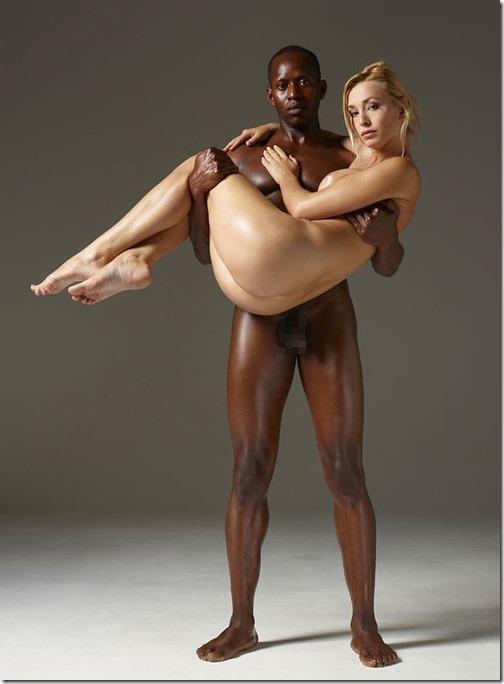 白黒モノクロームエロ そして壇蜜似の黒人女性の画像-s