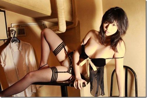 【下着エロ画像】こんな風に誘われてみたいエロ下着・勝負下着のお姉さん07-s