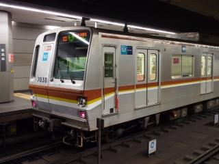 東京メトロ 副都心線 7000系 電車