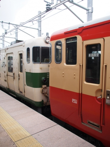 烏山線 キハ40形1000番台 気動車 【国鉄色】
